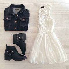 Image via We Heart It https://weheartit.com/entry/136003550/via/8272119 #Chica #cute #girl #lindo #nina #outfit #Rico #ropa #verano #verycute #vestido #comodo #tacon #botitas #chava #asual