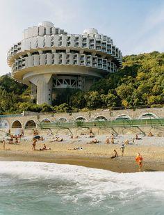 COOLARTISAN_Loving Communist Architecture