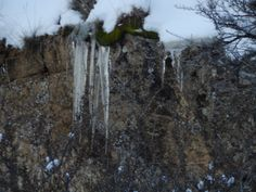 ICE CYCLES ON THE CLIFF SIDE- PHOTO BY ROBIN WILLIAMS