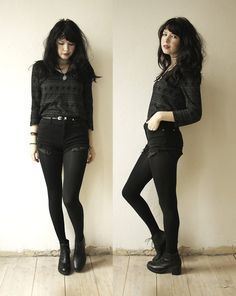 Ideas For Black Boats Outfit Grunge Nu Goth Dark Fashion, Grunge Fashion, Gothic Fashion, Winter Fashion, Steampunk Fashion, Emo Fashion, Komplette Outfits, Fashion Outfits, Womens Fashion