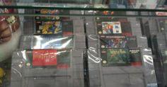 Uma boa seleção de jogos para o Super Nintendo à venda no Museu do Videogame