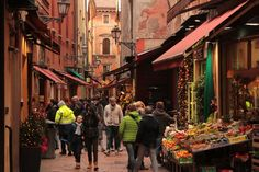 4 Food Markets of Bologna you can't miss