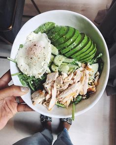 healthy eating - Quick Healthy Breakfast Ideas & Recipe for Busy Mornings healthybreakfast healthyfood breakfastideas dietfood healthybreakfastideas QuickHealthyDinner Healthy Breakfast Menu, Healthy Meal Prep, Healthy Snacks, Healthy Eating, Healthy Recipes, Breakfast Ideas, Morning Breakfast, Quick Recipes, Healthy Weight