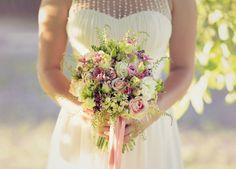 Stunnig summer wedding bouquet