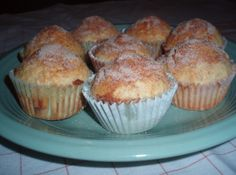 Yum... I'd Pinch That! | Snickerdoodle Muffins