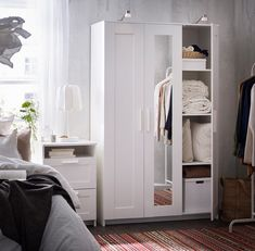 10 Ikea Items Designers Won't Leave The Store Without