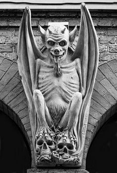 Gargoyles are sculptured creatures that are used as rain spouts; any other sculptured creatures on buildings are called grotesques. La Danse Macabre, Gothic Gargoyles, The Crow, Ange Demon, Angels And Demons, Gothic Architecture, California Architecture, Gremlins, Green Man