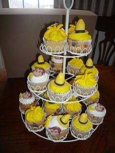 Curious George Cupcakes.. no recipe, but great idea for decoration.