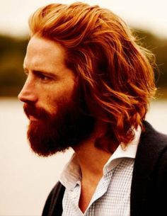 "This is a picture of model Johnny Harrington.  His hair is very close to Jamie Fraser's, in my opinion.  But you don't have to take my word for it!  Diana Gabaldon's reaction: ""Yeah, that's the hair and skin-tone, all right."""