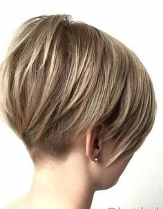 20 chic short bob haircuts for 2018 hairstyle rövid frizura, Bob Haircut 2018, Short Bob Haircuts, Pixie Haircut, 2018 Haircuts, Haircut Short, Undercut Short Bob, Chic Haircut, Undercut Hair, Pixie Hairstyles
