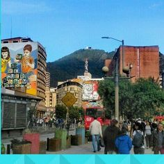 #bogotaneando #bogota #bogotá #callejeando #paisajeurbano #streetstyle #streetphotography #streetart