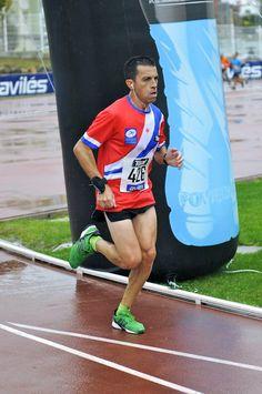 """Entreno en la """"Media"""" de Avilés 2012 Running, Sports, Hobbies, Training, Diet, Hs Sports, Keep Running, Why I Run, Sport"""