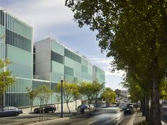 Gallery of 8 Octavia / Stanley Saitowitz | Natoma Architects - 16