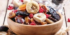 There are nutritional differences between dried and fresh fruit because dried fruit is more concentrated. Dried fruit has a much higher calorie density compared to fresh fruit. Fresh fruit is mostly water, therefore, the calorie amount is lower. Healthy Fruits, Healthy Foods To Eat, Stay Healthy, Dried Fruit, Fresh Fruit, Dry Fruits Online, Whole 30 Diet, Snack Recipes, Healthy Recipes