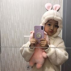 Cute Baby Meme, Cute Funny Babies, Cute Love Memes, Cute Kids, Cute Little Baby Girl, Cute Baby Girl Pictures, My Baby Girl, Baby Photos, Cute Asian Babies