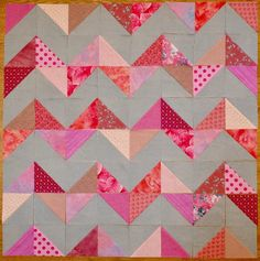 16 Half Square Triangle Quilt Patterns and a Half Square Triangle Tutorial - createwithclaudia - Half Square Triangle Quilts Pattern, Quilt Square Patterns, Jelly Roll Quilt Patterns, Scrap Quilt Patterns, Beginner Quilt Patterns, Quilting Tutorials, Square Quilt, Quilting Designs, Half Square Triangles