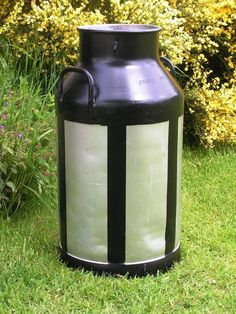For sale Aluminium Milk Churns. This is one painted 10 gall aluminium milk churn for auction. Stands 72cm tall and is 35cm wide. Weights app 7kg. Size approximate.  This is a picture of the same milk churn from different sides. So you can see the condition of the churn. The milk churn has been sprayed with a coating of metal paint. So it has a good nice smooth finished. Plus the decoration on the Churns have been hand painted    The milk churn will brighten up any patio garden home etc…