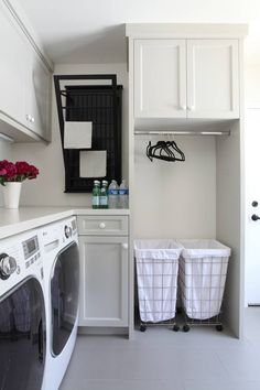 25 Ways to Give Your Small Laundry Room a Vintage Makeover Laundry room organization Small laundry room ideas Laundry room signs Laundry room makeover Farmhouse laundry room Diy laundry room ideas Window Front Loaders Water Heater Small Laundry Rooms, Laundry Room Organization, Laundry Room Design, Laundry In Bathroom, Organization Ideas, Basement Laundry, Storage Ideas, Laundry Closet, Bathroom Plumbing