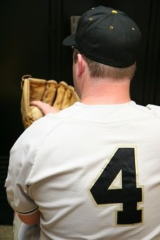 Here are the top 5 college baseball uniforms for 2014 #baseball #uniforms http://bit.ly/1qF3p7I