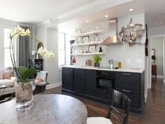 great studio kitchen...for the garage apartment?
