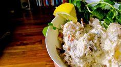 Recette de salade cauchoise, pommes de terre, cresson.. Une salade complète toute en saveurs, des pommes de terre, du céleri branche, du cresson, de la crème, du vinaigre de cidre, du jambon fumé et des fines herbes...