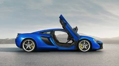 The McLaren was unveiled at the 2014 Geneva Motor Show by McLaren Automotive as a replacement for the McLaren and is currently in production. The car is available as a 2 door coupe and as a open top roadster. Mclaren Autos, 2015 Mclaren 650s, New Mclaren, Mclaren Cars, Ferrari 458, Lamborghini, Automobile, Auto Motor Sport, Geneva Motor Show