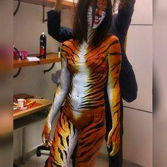#Tiger #body #bodypainting #art #makeup #trucco #lovemyjob #facepaint #animal #school #Hair #art