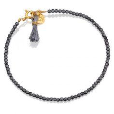 Hematyty z szarym chwościkiem #mokobellestreetstyle #mokobelle #mokobellejewellery #bracelet #jewellery #jewelry #bransoletka #lifestyle #bijou #bijoux #street #style