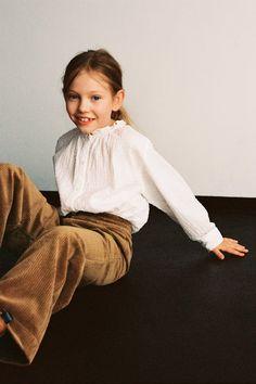 SWISS DOT SHIRT   ZARA United States Zara Kids, Kids C, Cute Kids, Kids Girls, Fashion Kids, Little Girl Outfits, Kids Outfits, Stylish Kids, Beautiful Babies