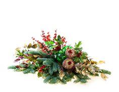 www.carolinabouquet.com centro de flores navideño con pinsapo,acebo,ilex,proteas,eucalipto y detalles decoración navideños
