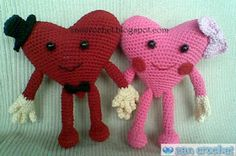 Valentine Heart Couple ~ Zan Crochet - Instead of bow tie I might try a mustache for the boy, and maybe add eye lashes on the girl.
