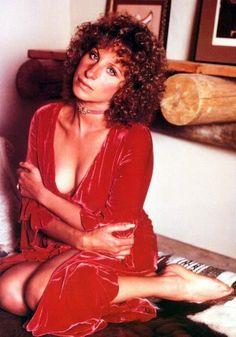 Barbra Streisand #foxy!
