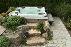 60+ stylish backyard hot tubs decoration ideas (10)