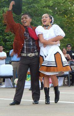 Nuevo Leon presented by Ballet Folklorico Mexico Lindo de fw