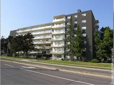 18 The Donway East - Apartments for rent in Toronto on http://www.rentseeker.ca – managed by 3 R Property Management