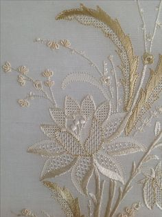 whitework embroidery by Mihrican Kaya (19.yy bir u0130ngiliz el naku0131u015fu0131 desenini ajur teknikleri kullanarak iu015fledim)