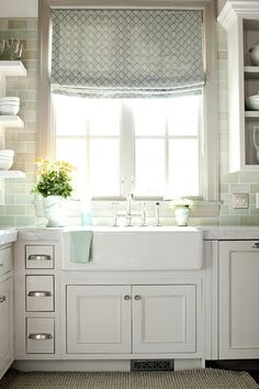 love this country kitchen and big farm sink