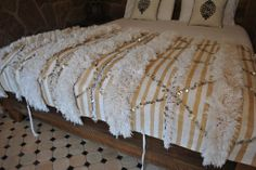 love this diy morrocan wedding blanket