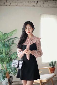 Korean Fashion – How to Dress up Korean Style – Designer Fashion Tips Korean Fashion Summer, Korean Fashion Trends, Korean Street Fashion, Korea Fashion, Fashion Kids, Party Fashion, Asian Fashion, Girl Fashion, Fashion Looks