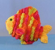 Free Crochet Pattern For Small Fish : 1000+ images about Animals - fish and etc. on Pinterest ...