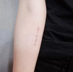 & # Heute kein Tag & # von Witty Button - — Tattoos ON Women — - Red Heart Tattoos, Baby Tattoos, Finger Tattoos, Tatoos, Small Back Tattoos, Tiny Tattoos For Women, Star Tattoo On Hand, Divergent Tattoo, Button Tattoo
