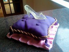 cinderella castle, pumpkin coach and glass slipper cake (by sweetsculpt)