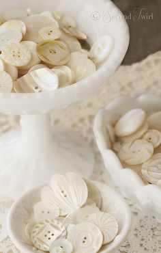 Fancy carved MOP Buttons nestled in Vintage Milk Glass Candy Dishes Button Art, Button Crafts, Milk Glass Candy Dish, All The Small Things, Fun Things, Shabby Chic, Mother Of Pearl Buttons, Candy Dishes, Vintage Buttons