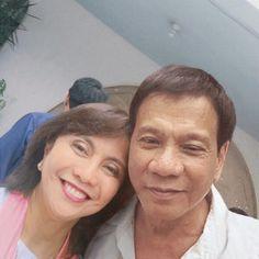 The selfie of president rodrigo duterte and VP leni robredo 2016 Rodrigo Duterte, Ferdinand, Presidents, Selfie, Couple Photos, City, Face, Couple Shots, Couple Photography