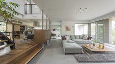 大開口と軒下空間により、庭と繋がる居心地の良い空間を提案します。