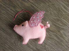 Flying pig by 609East, via Flickr