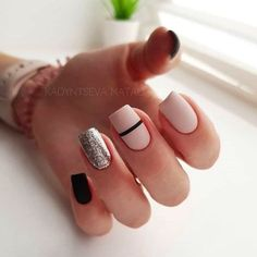 35 Outstanding Classy Nails Ideas For Your Ravishing Look Elegant Nail Designs, Elegant Nails, Classy Nails, Stylish Nails, Simple Nails, Nail Art Designs, Yellow Nails, Pink Nails, Matte Nails