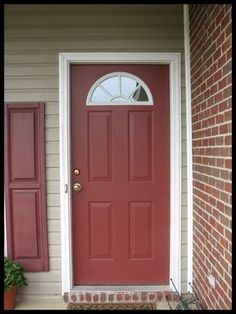 Front door colors with red brick white trim exterior paint 19 Ideas Brick House Colors, House Exterior Color Schemes, House Paint Exterior, Exterior Colors, Exterior Houses, Brick Houses, Red Shutters, Tan House, Cottage Front Doors