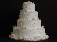 white-cake-ribbon-branches-classic-cakes