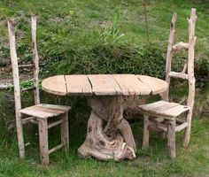 Driftwood table and chairs